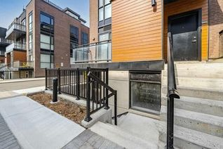 Condo Townhouse Stacked Townhouse for Sale, 5299 Highway 7 St #C801, Vaughan, ON