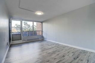 Condo Townhouse 2-Storey for Sale, 150 Leeward Glenway #204, Toronto, ON