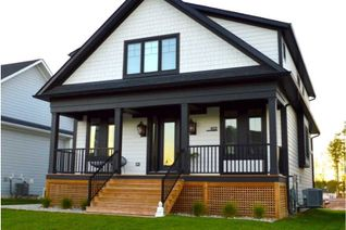 Common Element Condo 2-Storey for Sale, 102 Sycamore St, Blue Mountains, ON