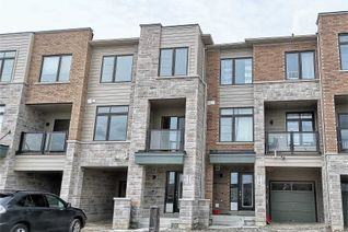Attached/Row House/Townhouse 3-Storey for Rent, 212 Vivant St, Newmarket, ON