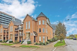 Condo Townhouse Stacked Townhouse for Sale, 132 Aerodrome Cres #202, Toronto, ON