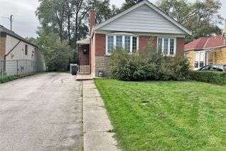 Detached Bungalow for Sale, 26 Greylawn Cres, Toronto, ON