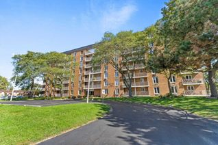 Common Element Condo Apartment for Sale, 6570 Thornberry Cres #3180, Windsor, ON