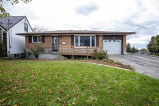 Detached Bungalow for Sale, 532 Montrave Ave, Oshawa, ON