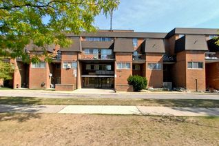 Condo Townhouse 2-Storey for Sale, 1395 Williamsport Dr #143, Mississauga, ON