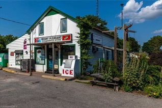 Detached 1 1/2 Storey for Sale, 2449 Queen Mary St, Cavan Monaghan, ON