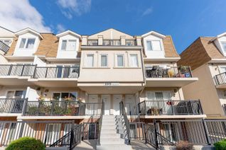 Condo Townhouse Apartment for Sale, 3049 Finch Ave W #2004, Toronto, ON