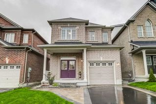Detached 2-Storey for Sale, 57 Herefordshire Cres, Newmarket, ON